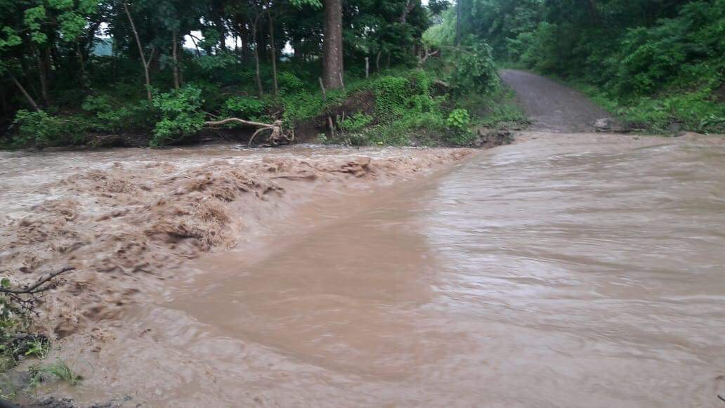 Ojochal road floods again